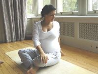 Pregnancy Yoga classes in East Finchley, High Barnet and Camden